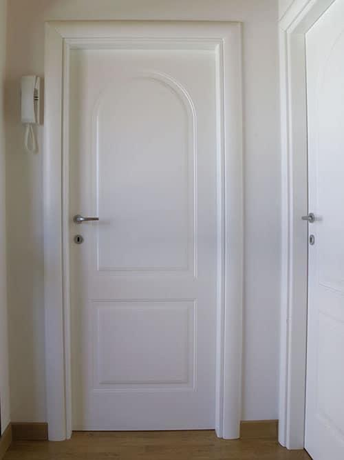 Infissi interni ed esterni falegnameria rossi snc for Infissi in legno bianco
